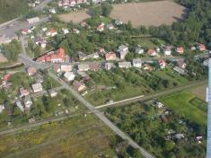 Letecké foto obce Vikýřovice 3.září 2004