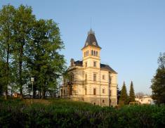 Zámeček- mateřská škola, galerie, keramická dílna (Janda design, 2006)